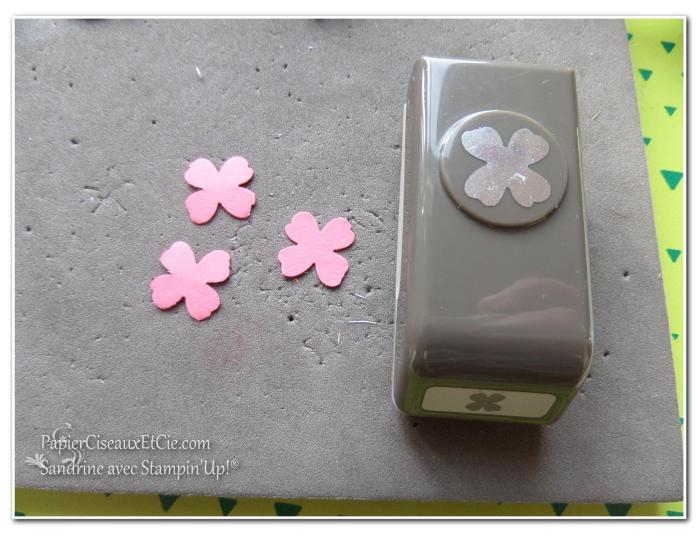 1 création fleur en relief étape 1 papierciseauxetcie.com